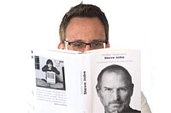 Dr. Oliver Ratajczak liest Steve Jobs, die Autobiografie