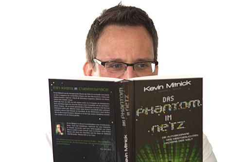 Dr. Oliver Ratajczak liest das Phantom im Netz