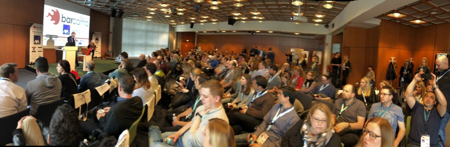 Volles Haus in der Abschluss-Session der #OMWest Barcamp