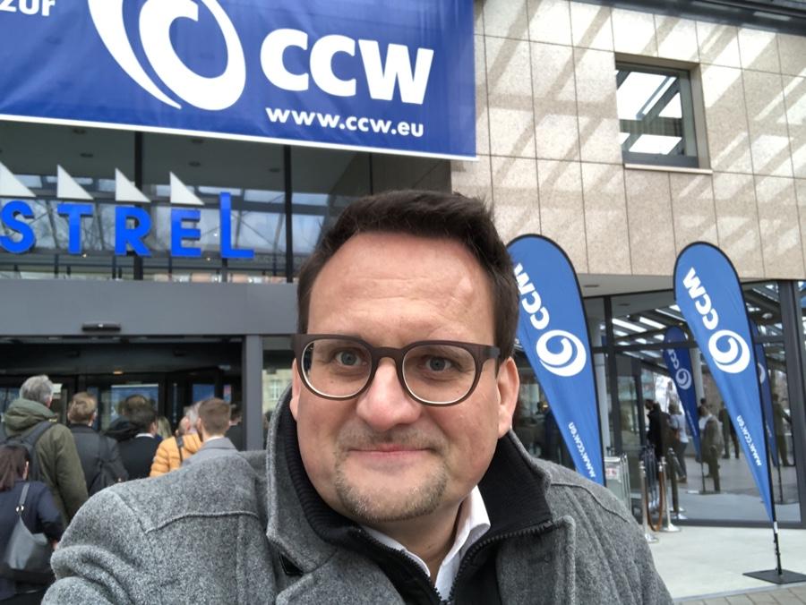 Kundenbrille Oliver Ratajczak bei der Internationalen Kongressmesse für innovativen Kundendialog