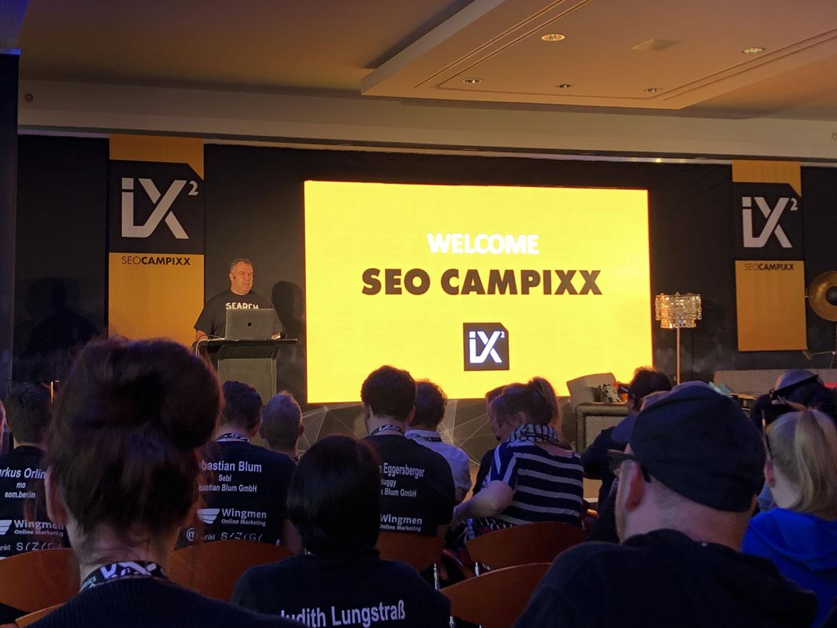 Marko Janck eröffnet die SEO-CAMPIXX