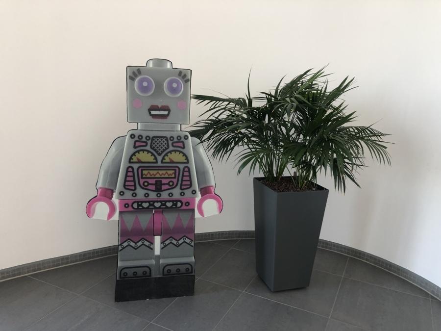 Frau Robot ist auch mit dabei...